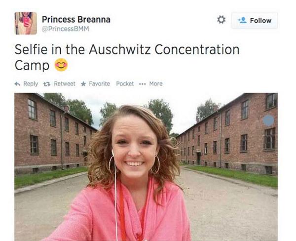 zzzAuschwitzSelfie_large