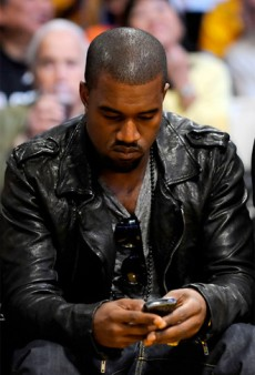 file_171111_0_Kanye-West-Texting-230x338