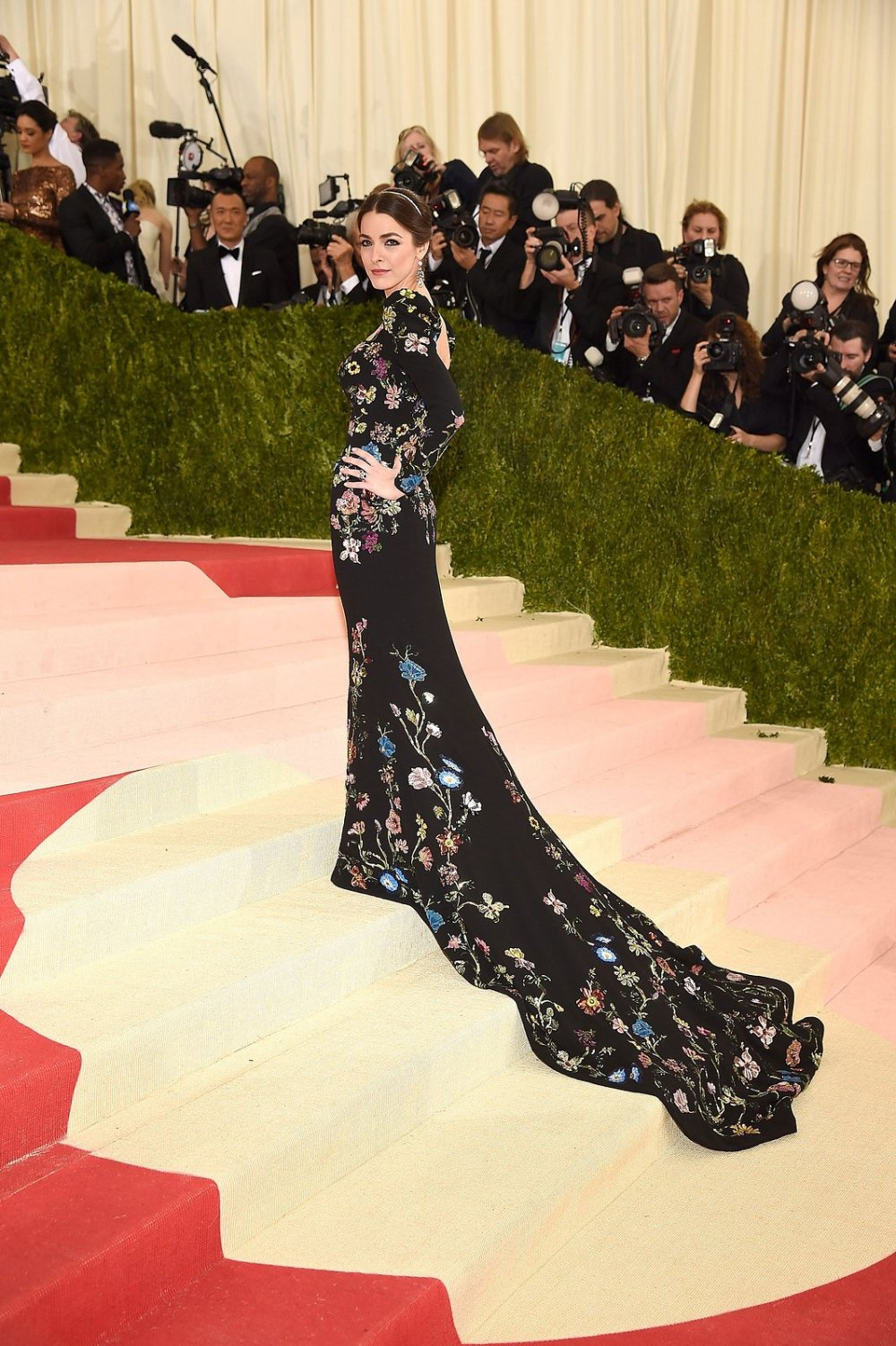 bee-shaffer-met-gala-2016.jpg
