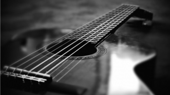 black_and_white_guitar_macro-1366x768.jpg