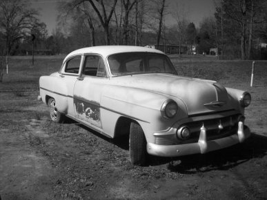 old_car_2_black_and_white_by_pink123456.jpg