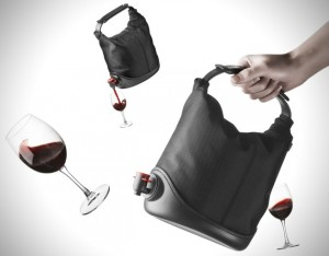 wine-purse-300x234