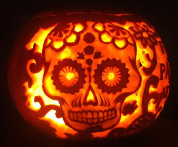 skull-pumpkin-carving